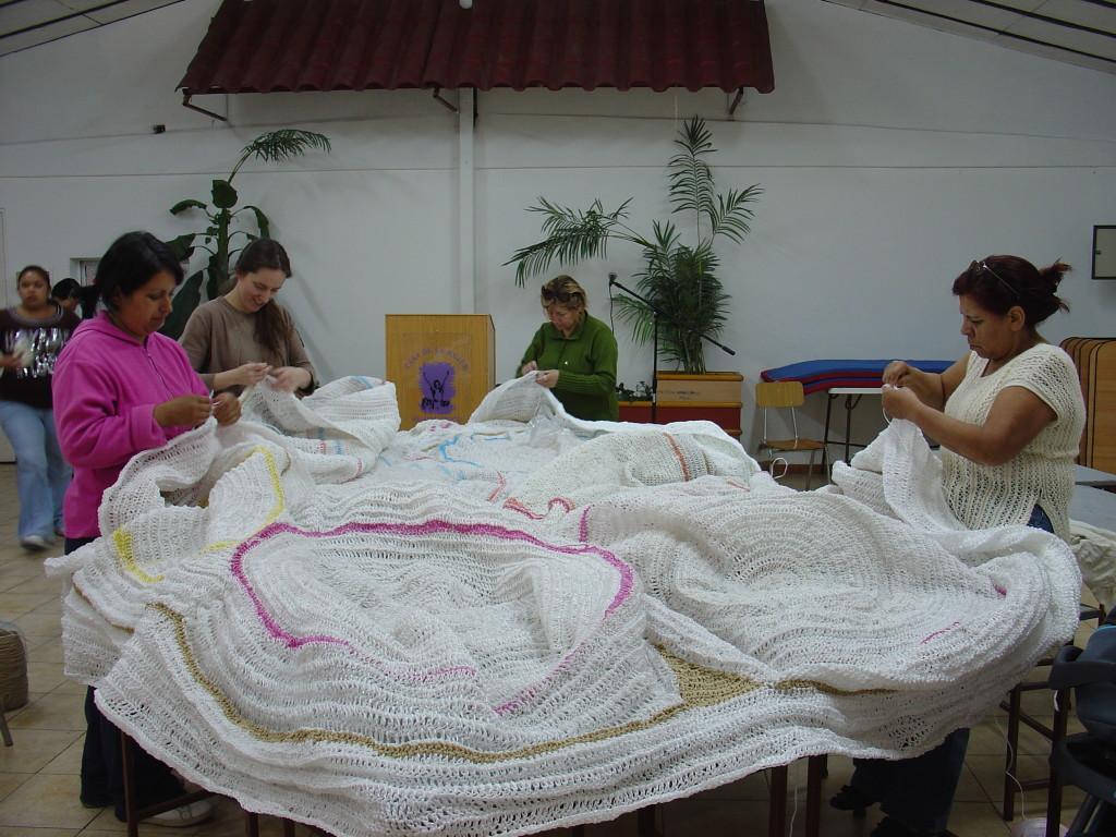 Obra en proceso en el Taller de Tejido, Casa de la Mujer, Renca