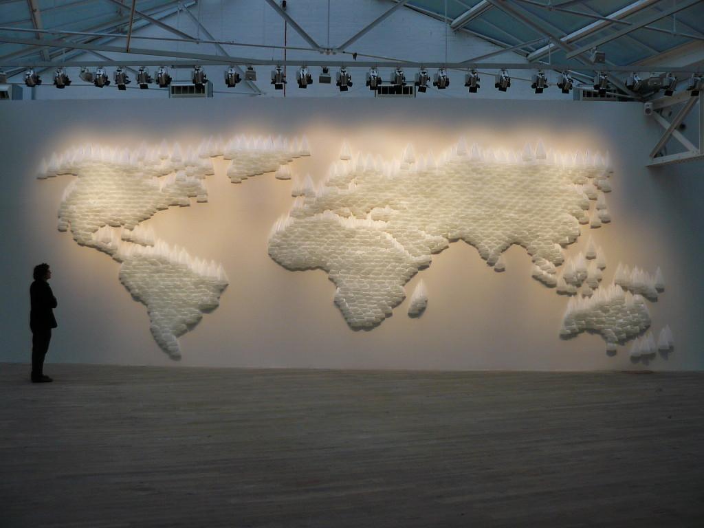 Vista de Mapa exhibido junto a la Colección de Juan Yarur en Phillip de Pury en Londres, Inglaterra. 2010